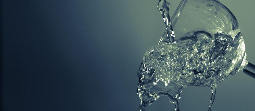 8 glazen water per dag drinken